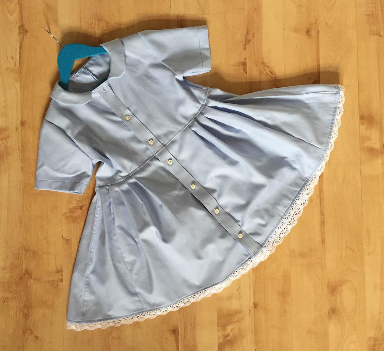 ein Kinderkleid ohne Schnittmuster nähen, ein Schnittmuster für einen Kragen konstruieren