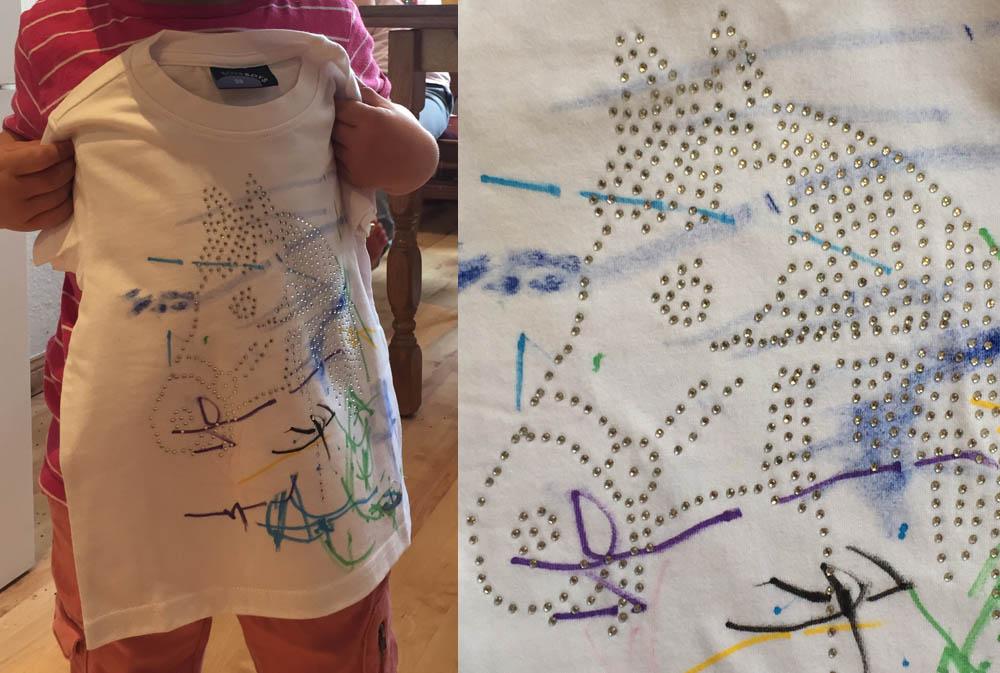 einfaches DIY-Projekt für Kinder: weiße Shirts werden mit Pferden und Bussen bemalen