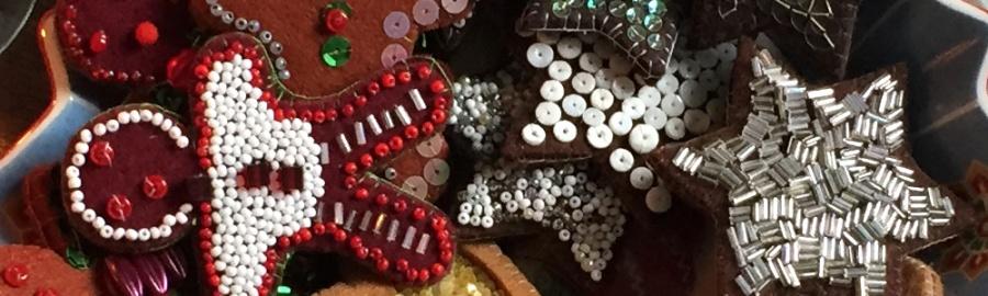 Basteln mit dickem Filz, Dekoration für Weihnachten basteln, basteln für Weihnachten aus Filz, einfache DIY-Projekte für Weihnachten, für Weihnachten basteln, Geschenke nähen, Kinder basteln Geschenke, nähen für Kinder, schnelle Geschenke basteln, Geschenke auf den letzten Drücker nähen
